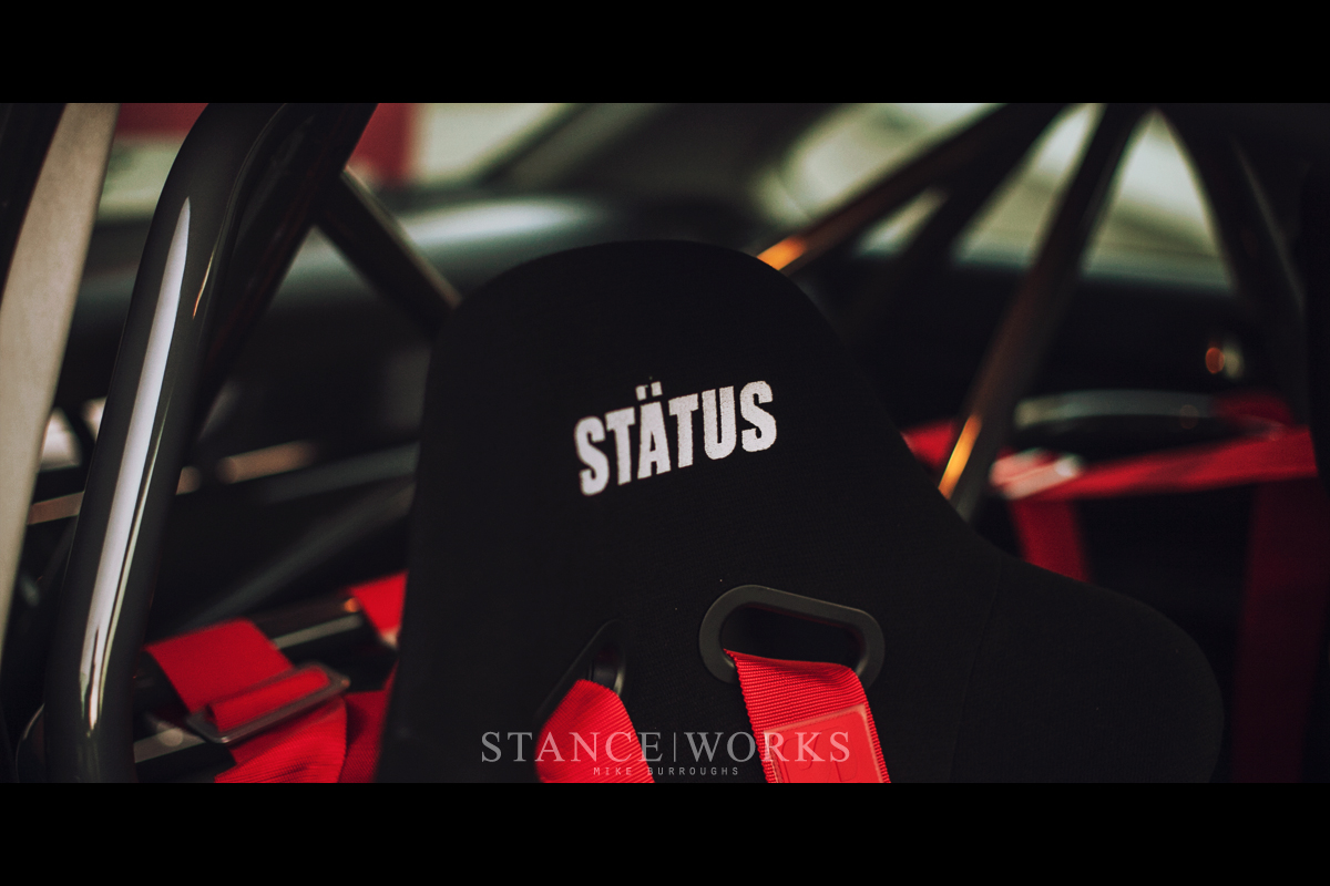 status racing seats bmw