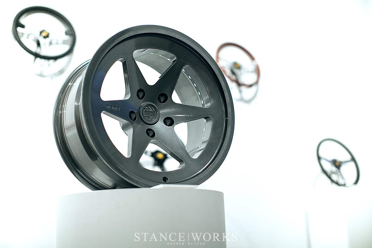 momo-heritage-wheels-classic